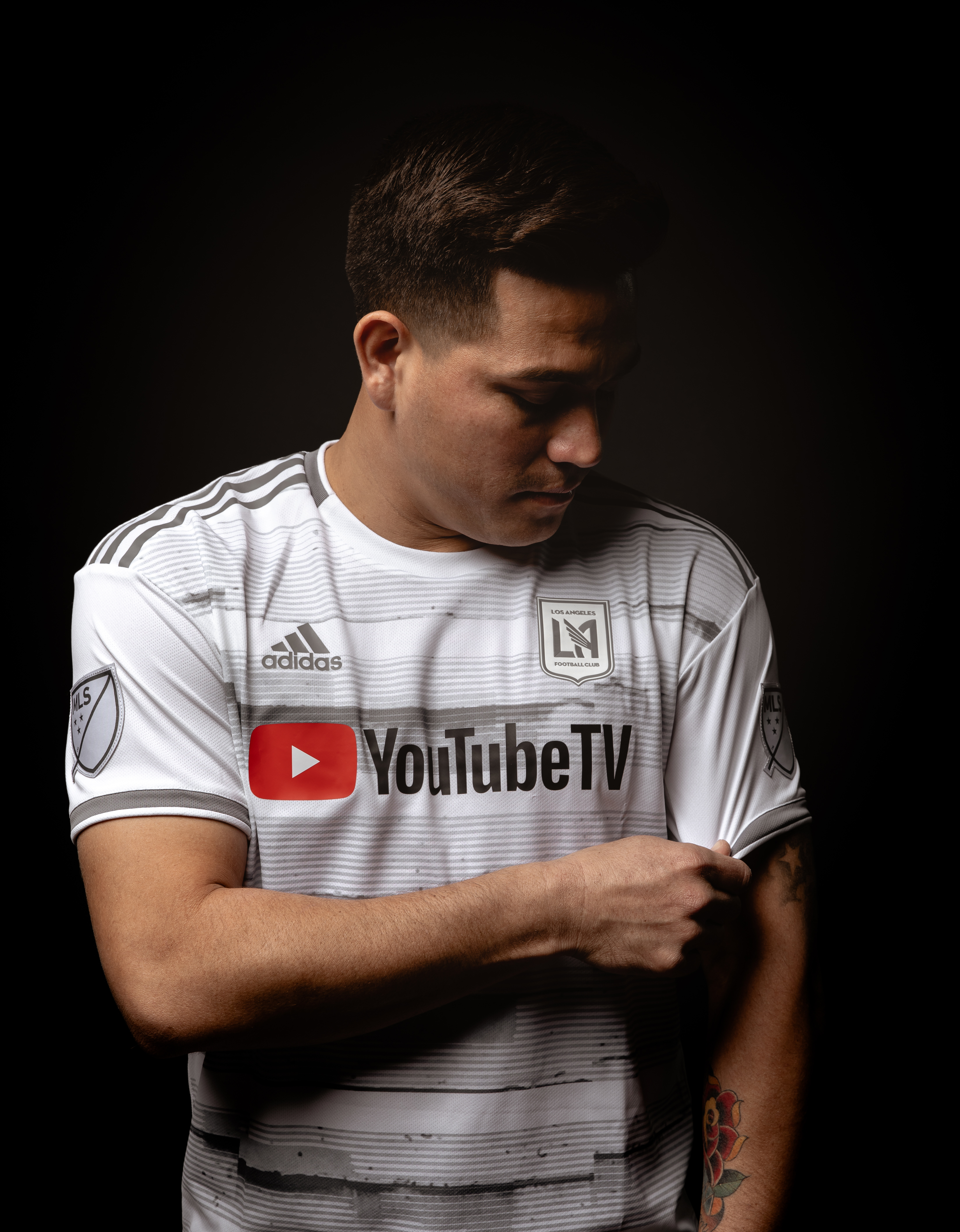 Exclusive  A First Look at LAFC s New Away Jersey for the 2019 MLS ... c45098c24